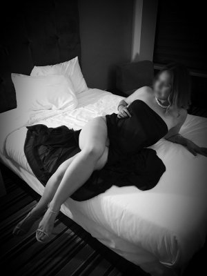 Zaida independent escort
