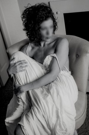 Neslie free sex in Mentor Ohio and hook up
