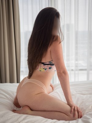 Olivienne live escort, sex party